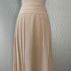 CHANEL Ivory Silk Pleated Skirt with Quilted Waist